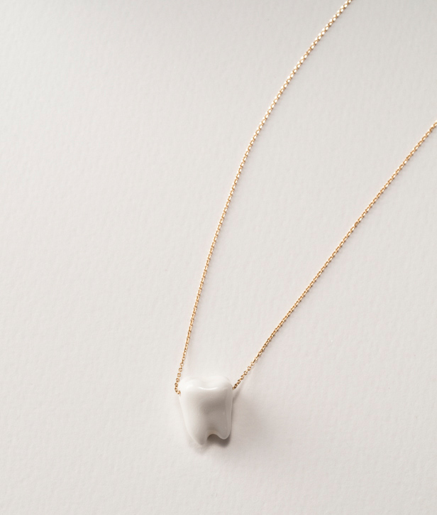 11_white_necklace615